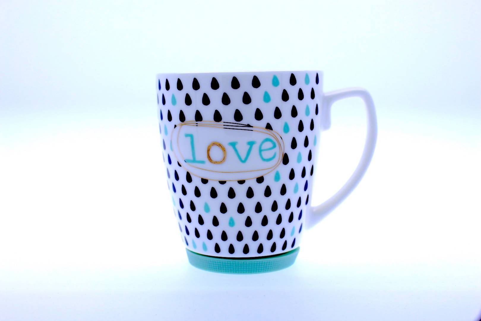 Royal Spade - Gold Decal With Love 2 Mug - Mugs - The Planet Collection - Naiise