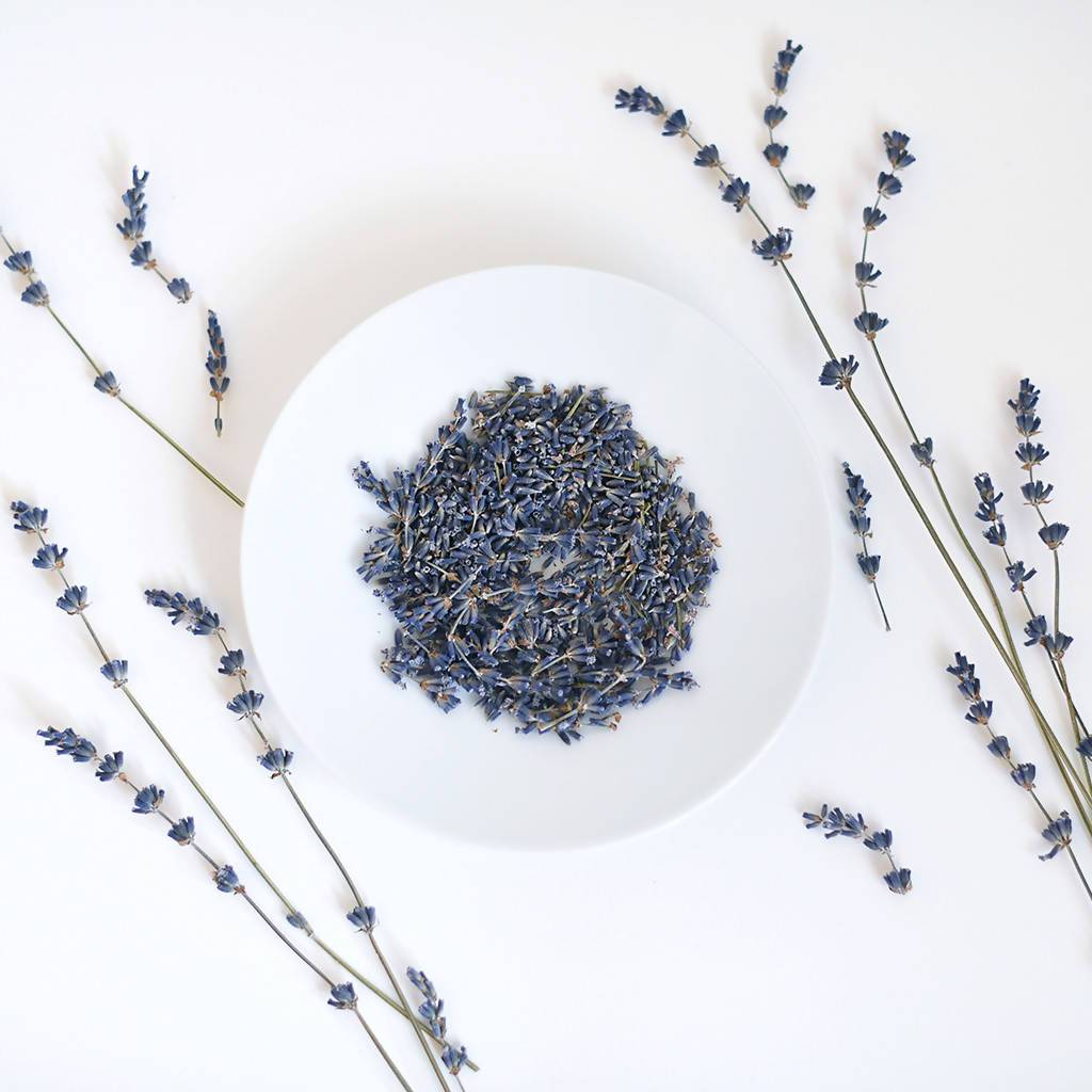 Organic Lavender Essential Oil - Essential Oils - RE.VITYL - Naiise