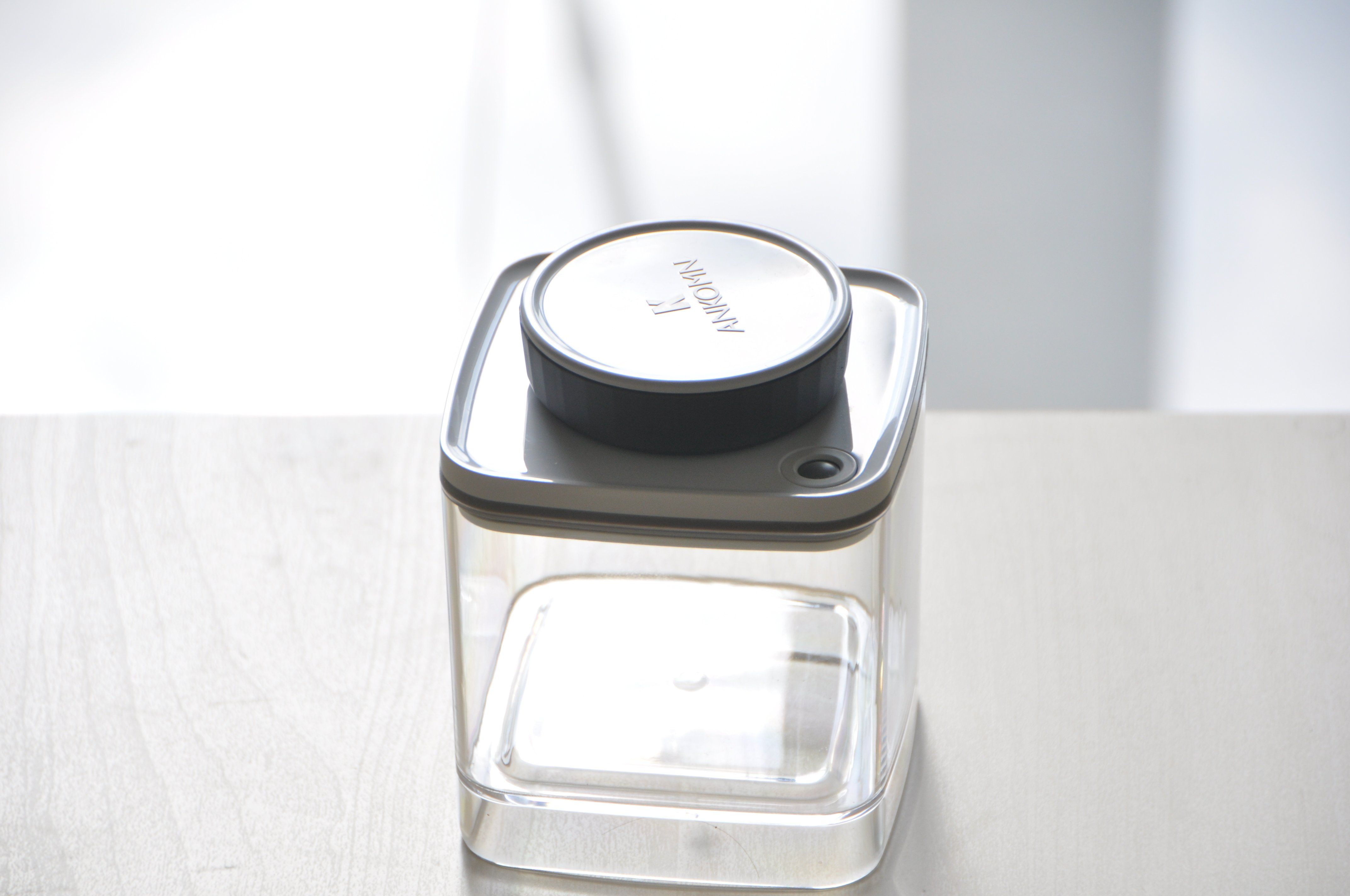 ANKOMN TURN-N-SEAL VACUUM CONTAINER Food Containers ANKOMN 0.6L Clear