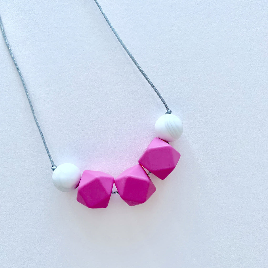 Avery Teether Necklace Teethers Wildberry Store Pink Marble
