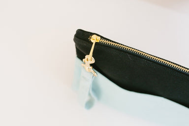Basic Traveller Clutch - Mint & Black Clutches xhundredfold