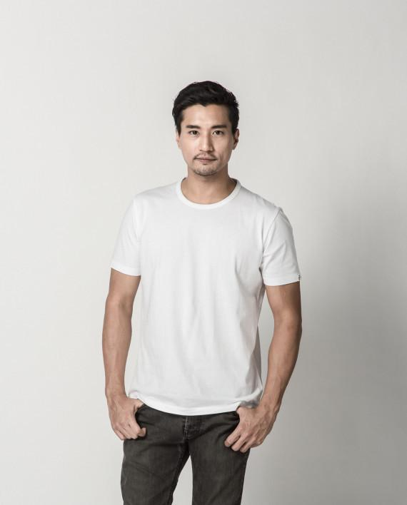 Basic White Signature Tee ATSS1505 Men's T-shirts Cut & Paste