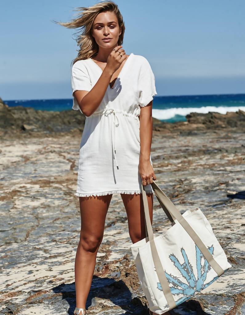 Beach Bag in Blue - Tote Bags - Akosée - Naiise