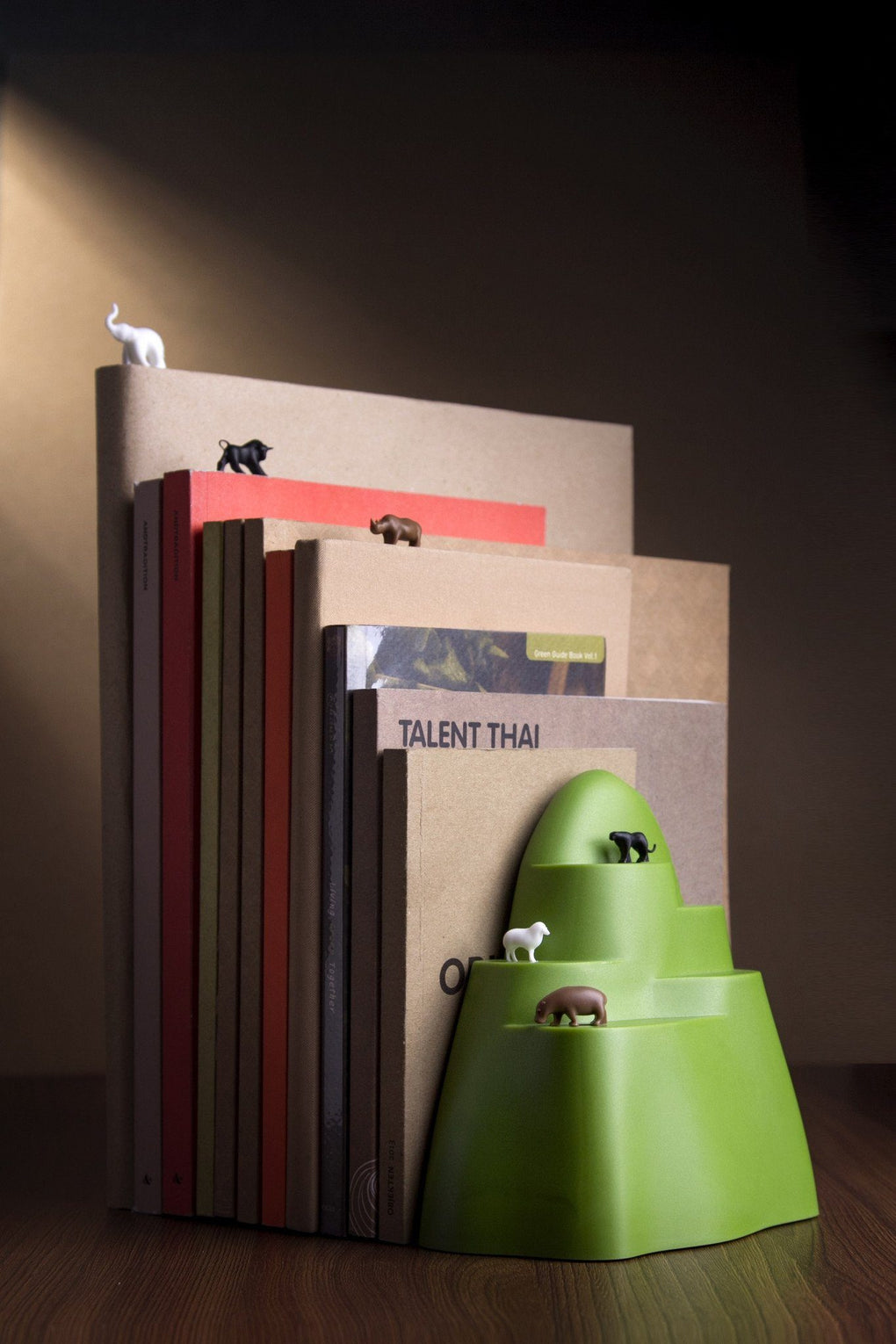 Book Mountain Bookend And Bookmark Home Organisation Qualy