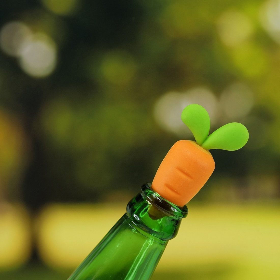Carrot Bottle Stop - Wine Accessories - The Daydreamer Studio - Naiise