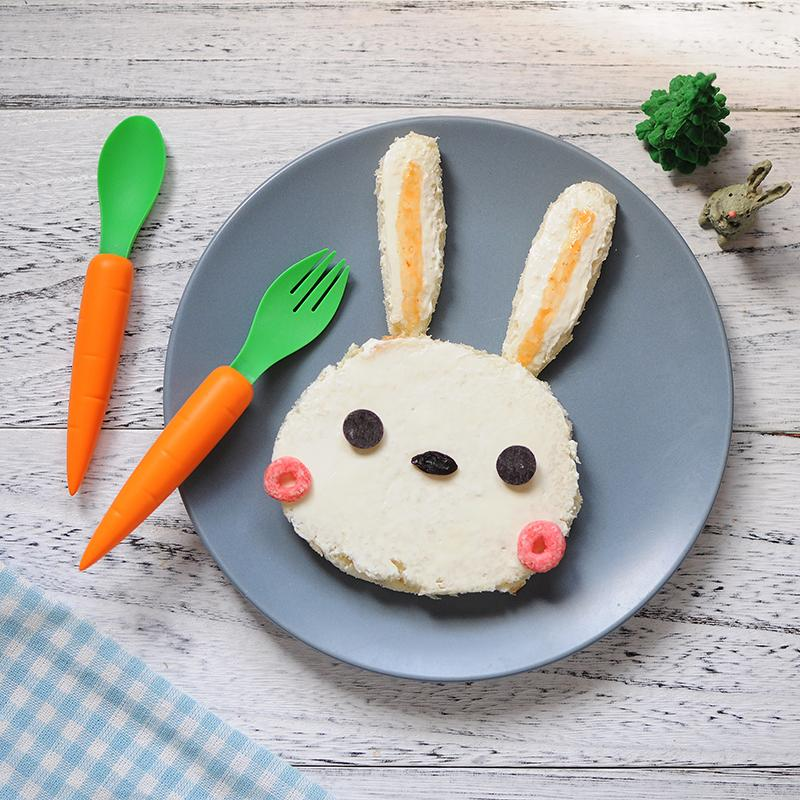 Carrot Spoon & Fork Set - Children Cutlery - The Daydreamer Studio - Naiise