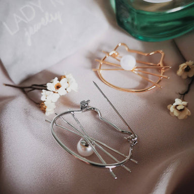 Cat Whiskers & Pearl Brooch - Brooches - Lady N Jewelry - Naiise