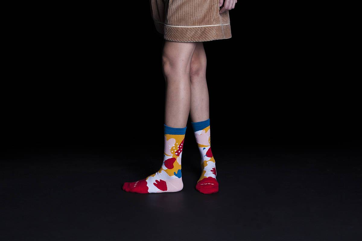 Dear, Buncho - Red socks - Socks - GoodPair - Naiise