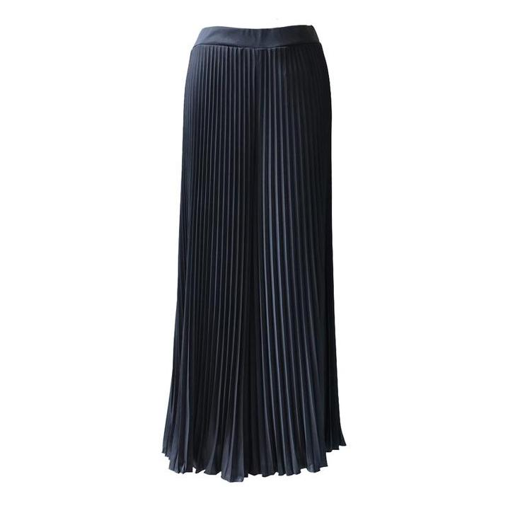 Pleated Cullotes in Black (Maxi) Women's Pants Ans.ein