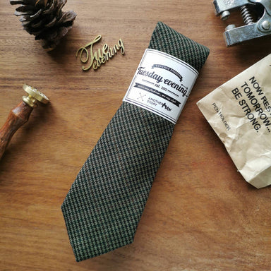 Houndstooth Necktie Cedar Brown | Pine Green - Ties - Tuesday Evening - Naiise