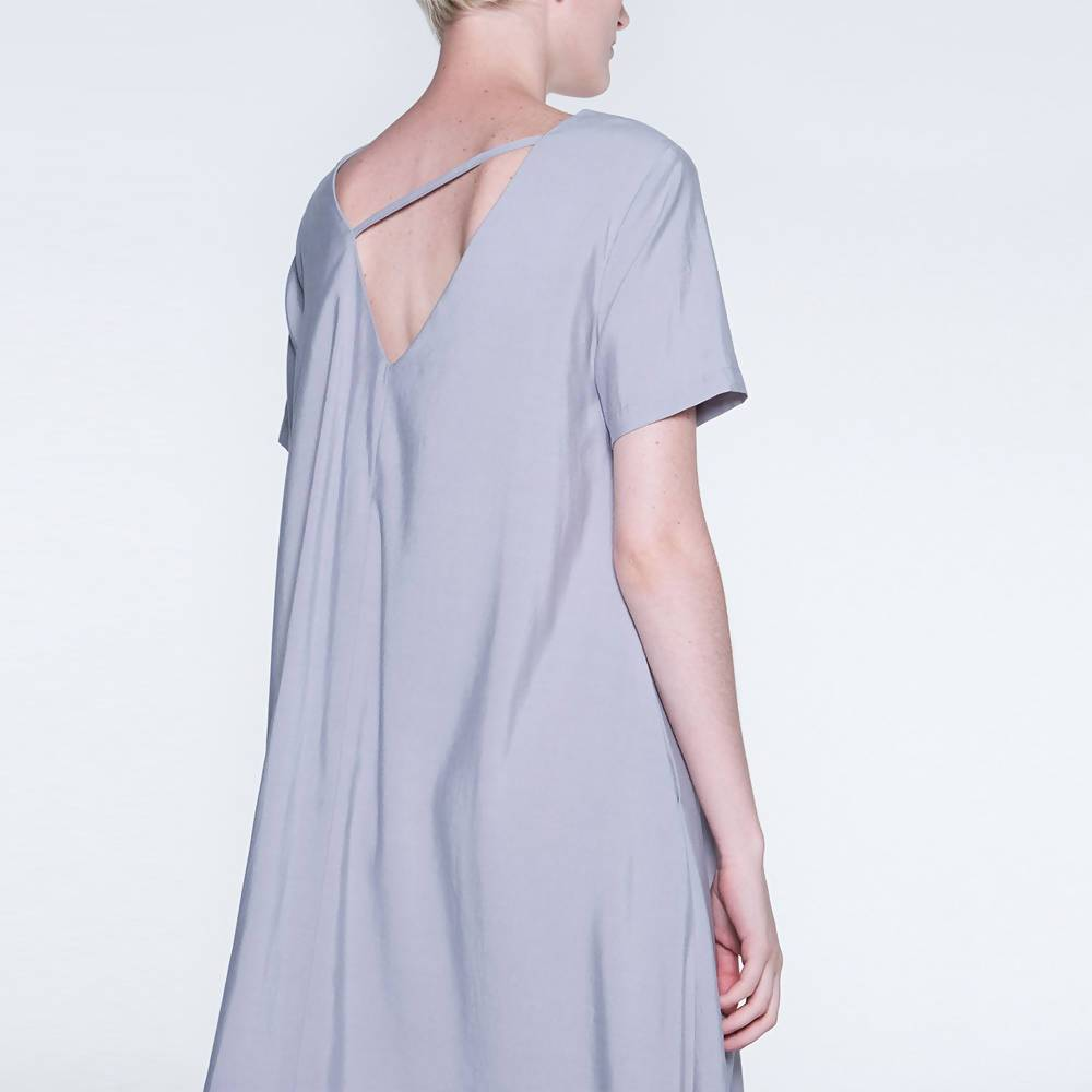 Taryn V-back Short Sleeves Midi Flare Dress in Shale Grey - Dresses - Salient Label - Naiise