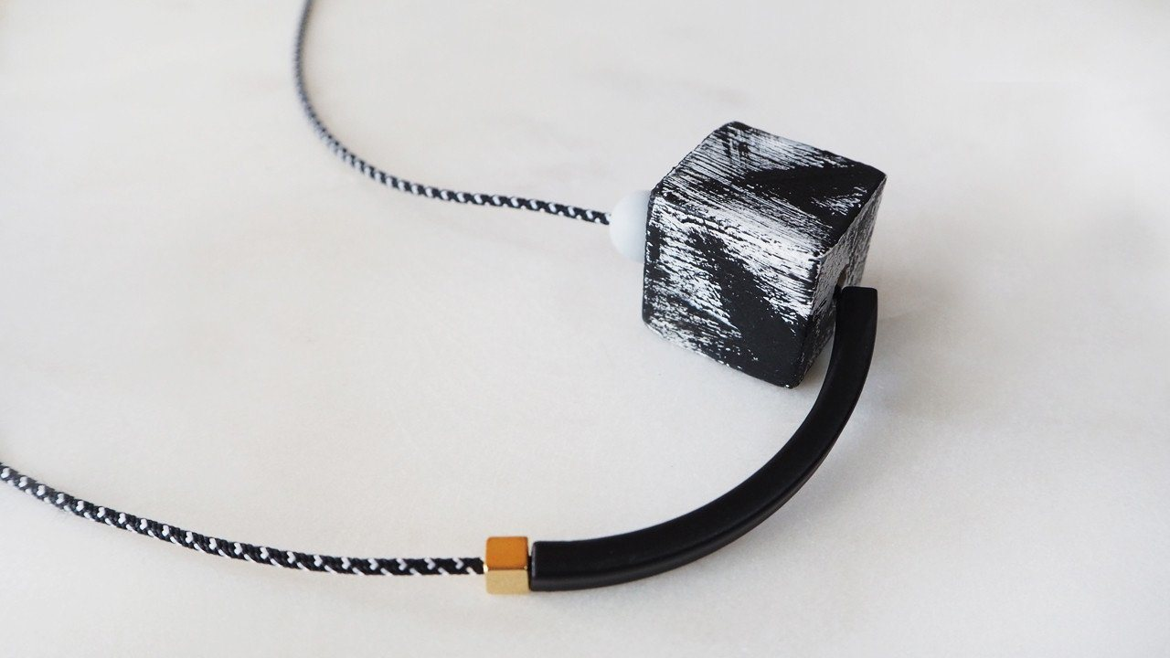 THE GEOMETRIC SERIES - ADRIANA - Necklaces - UNIT515 - Naiise