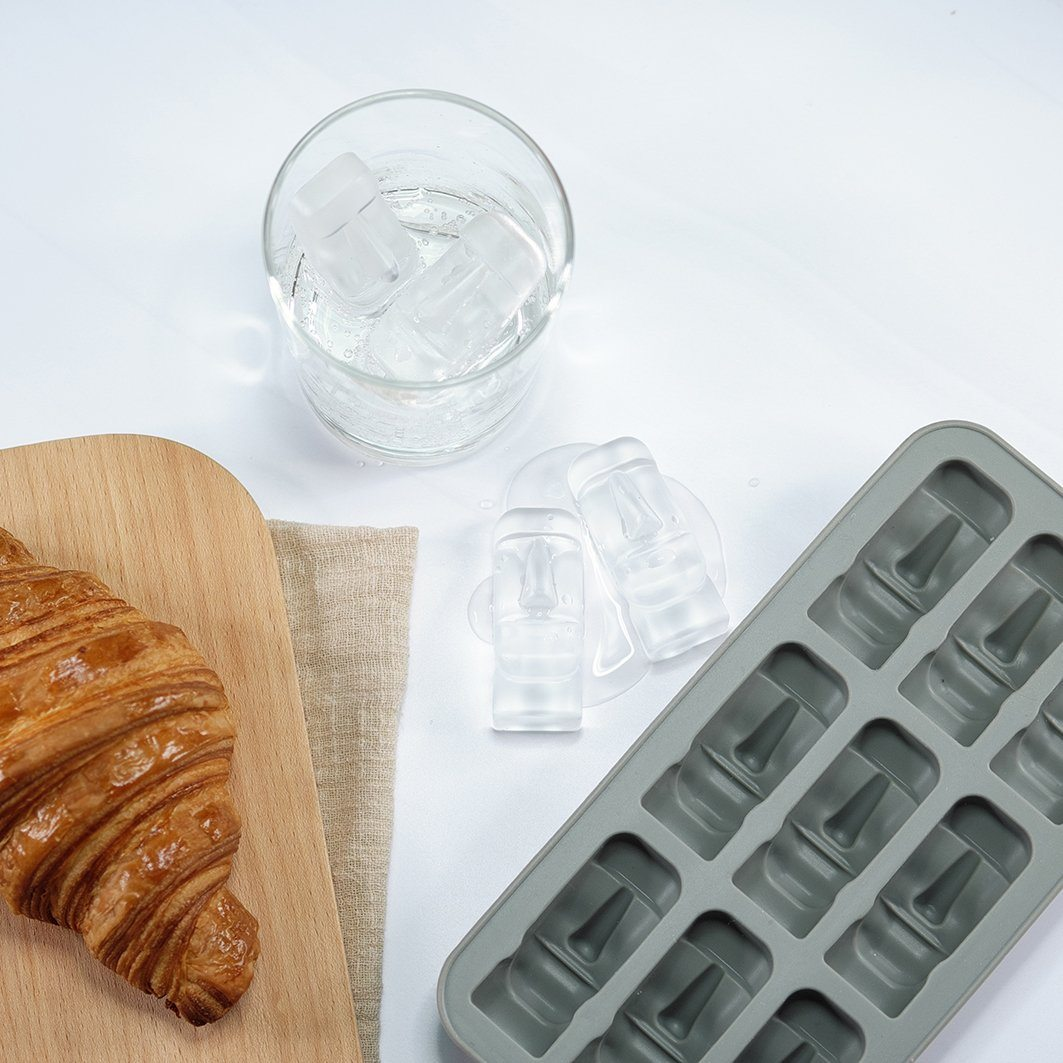 The Moai Ice Tray - Ice Molds - The Daydreamer Studio - Naiise