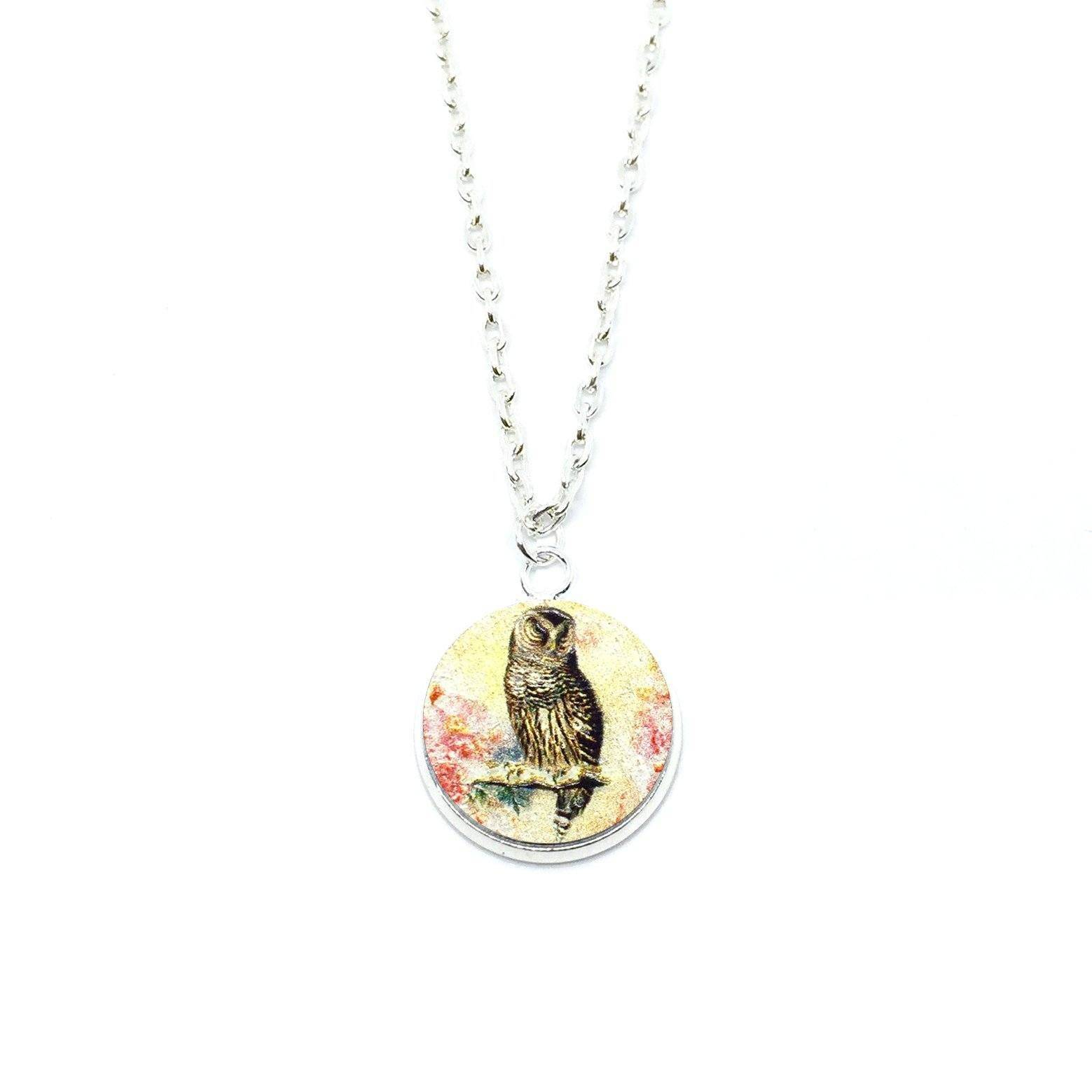 Vintage Owl Wood Pendant Necklace - Necklaces - Paperdaise Accessories - Naiise