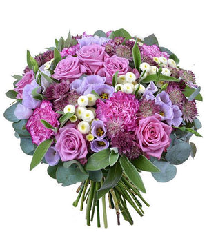 Mauve Elegance Bouquet - Fresh Blooms Flowers