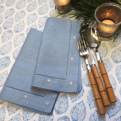 NEW FESTIVE TABLE LINEN
