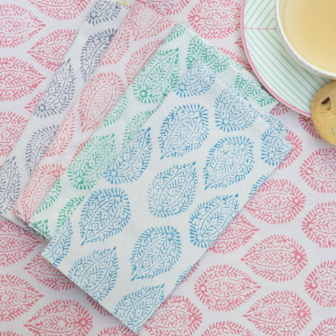 Leaf Table Linen