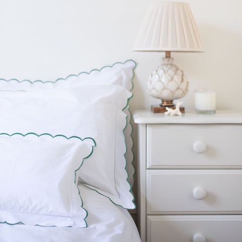 Green Scalloped Edge Pillowcase