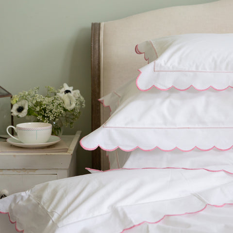 Scalloped Edge Oxford Pillowcase Pink