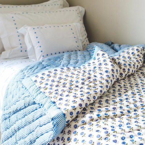 Blue Daisy Single Quilt
