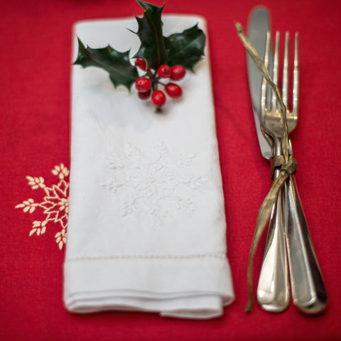 White Snowflake Napkin - Set of 4