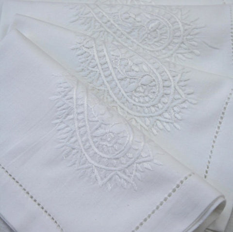 White Paisley Napkin - Set of 4