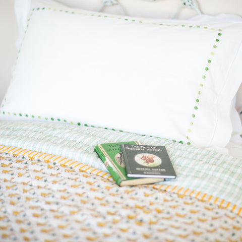 green dots pillowcase