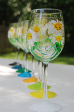 Load image into Gallery viewer, Daisy Flower Hand-painted Wine Glasses