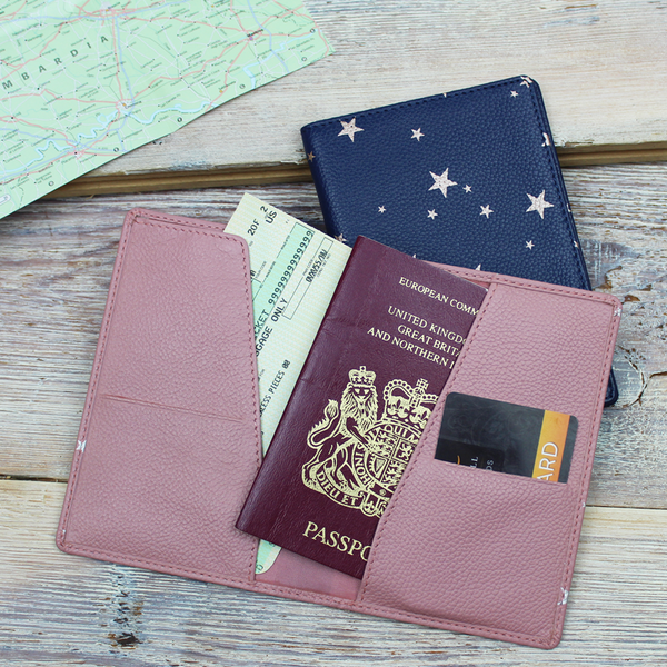 Star Print Slim Travel Wallet