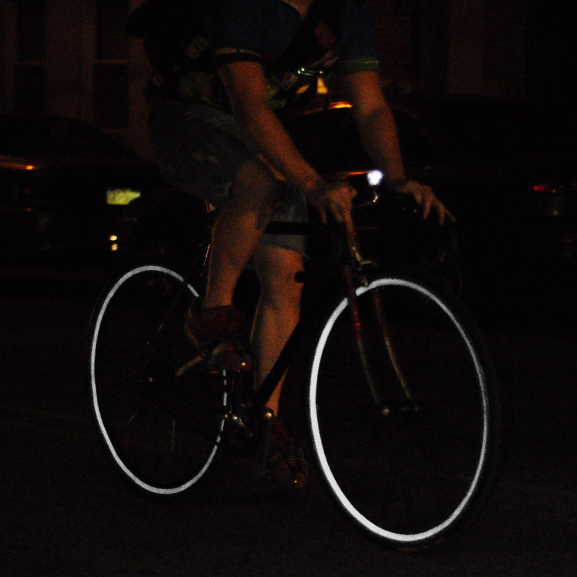 Black reflective wheel stripes for bicycles reflective back white.