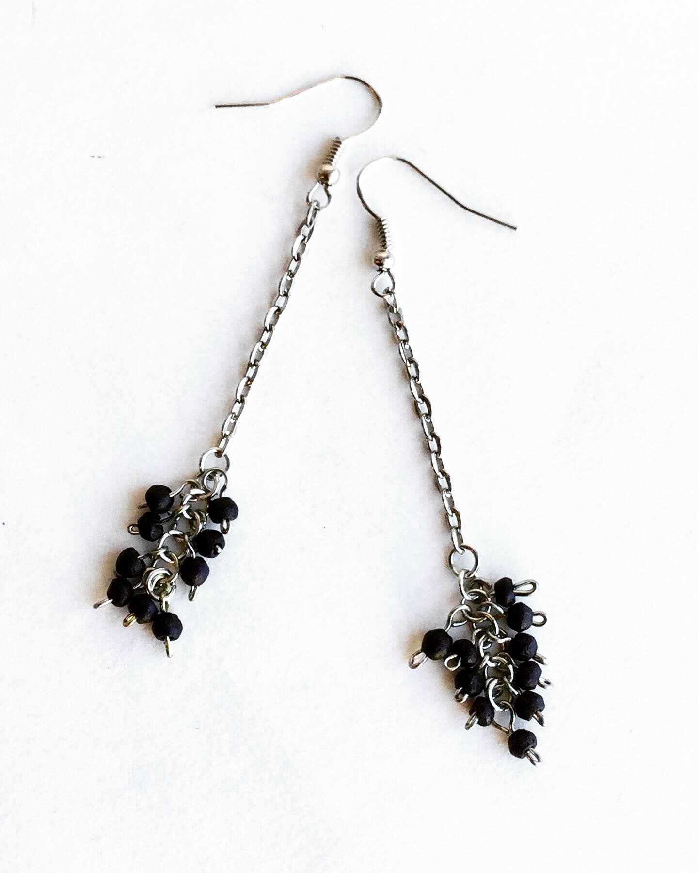 the ELE || dangle cluster earrings