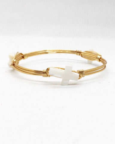 the BOBBY Bangle with Natural Cross Shell