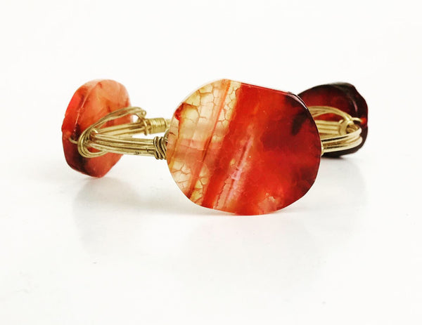 the BOBBY Bangle with Natural Sliced Agate - Pink