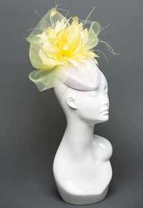THG2320 - White and Pale Yellow Fascinator