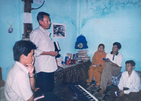 Rev. Paul I. preaching the word in northern India.