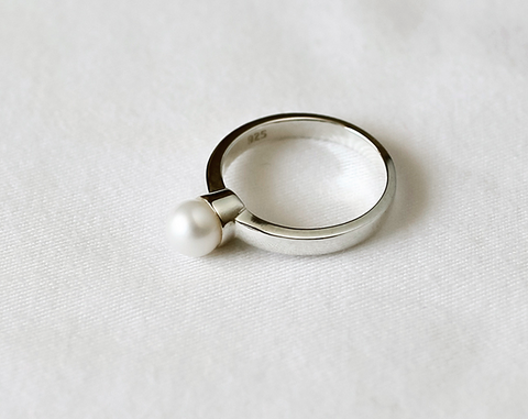 925 Sterling Silver Simple fresh water pearl band ring