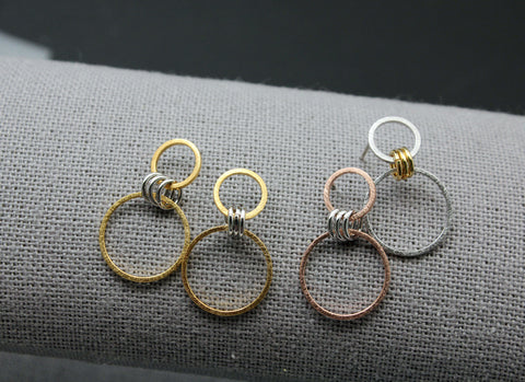 Two Tone Linked Circles Earrings, Double Circle Earrings, Connected circles long earrings