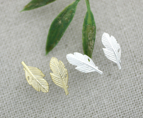925 sterling silver Dainty Leaf Stud Earrings in Gold / Silver, E0152G