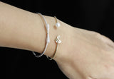 A Leaf with pearl Bangle Bracelet in Gold / Silver