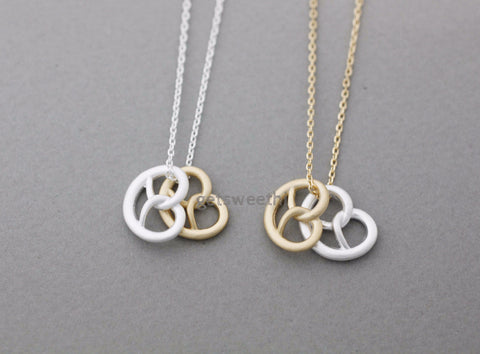 Pretzel Knot bread necklace in gold silver, N1032G