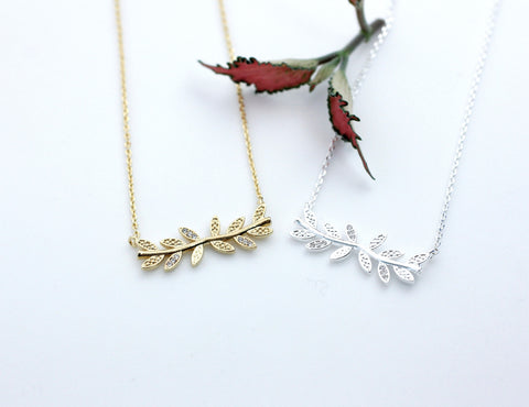 Siadeways Bay Leaf branch pendant necklace detailed with CZ in 3 colors