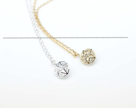 Star Necklace detailed with CZ in gold / silver