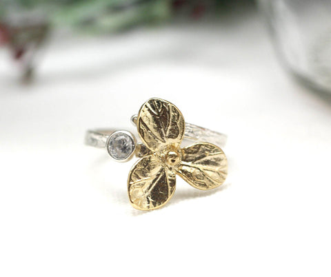 925 sterling silver Ring Three Petal with Crystal