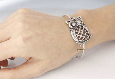 Antique Owl Bangle Bracelet 2. (snap clasp), B0344S