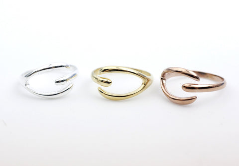 Simple Wishbone adjustable ring in Silver / Gold (925 sterling silver / plated over Brass)