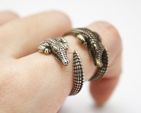 Antique style Alligator or Crocodile Adjustable Wrap Ring, R0275S