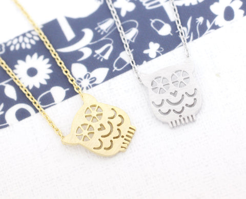 cute and unique Owl necklace(gold /silver)