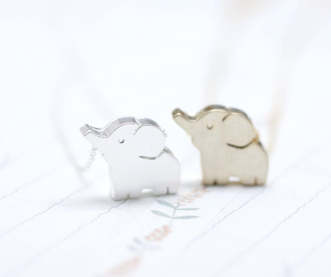 Baby elephant pendant necklace silver/ gold