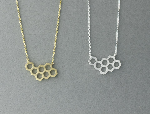 Beautiful Honeycomb necklace in Gold/Silver - geometric jewelry