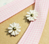 White Daisy flower studs earrings (925 sterling silver / plated over Brass)